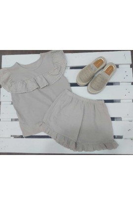 Conjunto Pantalón + Camiseta beige